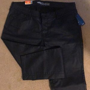 NWT ~ Old Navy Rock Star Jeans